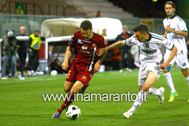 Novara-Siena 2-1: Comi regala la vittoria al Novara al 50′
