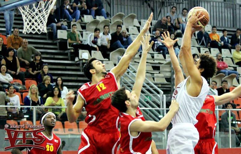 Basket DNC: VIS a testa alta, ma la PLANET fa suo il derby e resta imbattuta. Tabellino