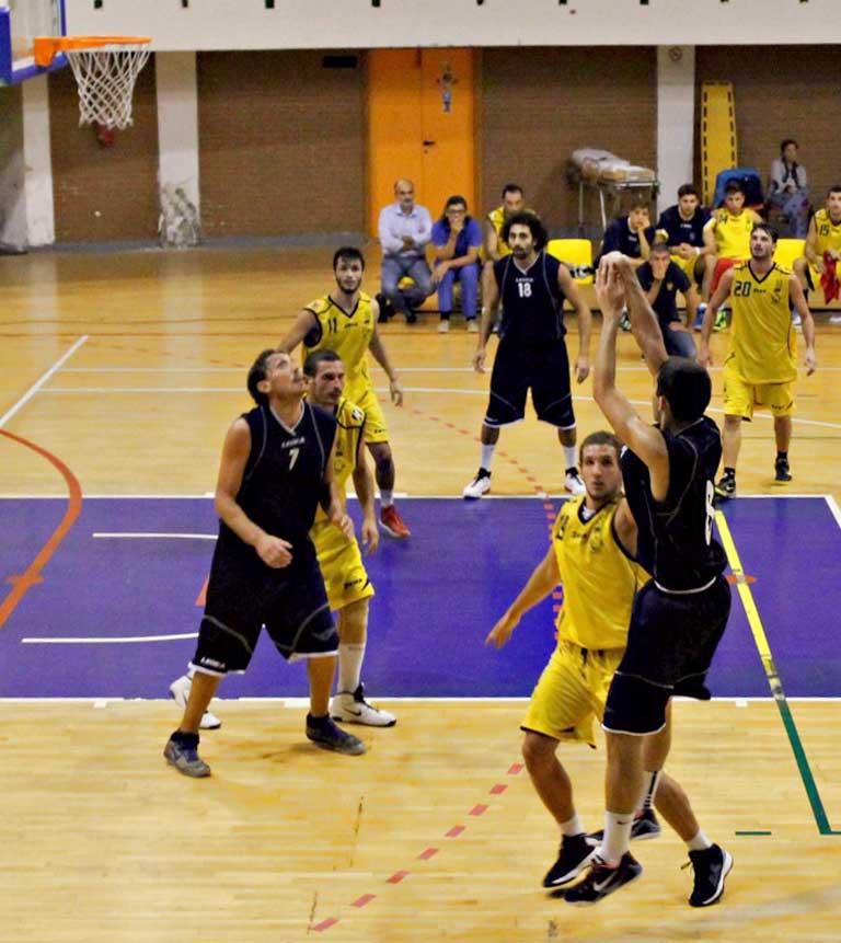 Basket Serie C: un'ottima Vis corsara a Crotone (65-72)