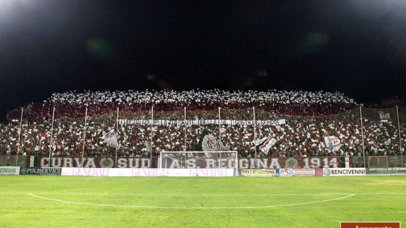 Reggina-Catanzaro 1-0 La Curva Sud come non si vedeva da tempo